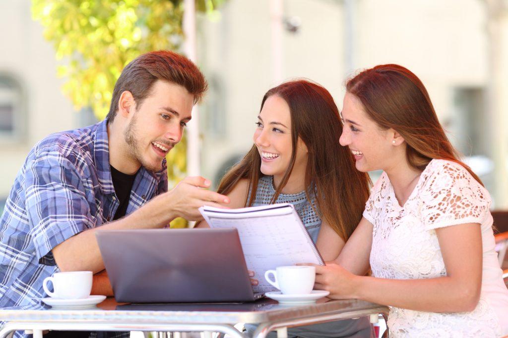 Enseignement et apprentissage centrés sur l'étudiant : exemples d'activités et apport des technologies